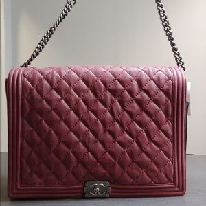 693e65d461ce Women Chanel Boy Bag Red on Poshmark